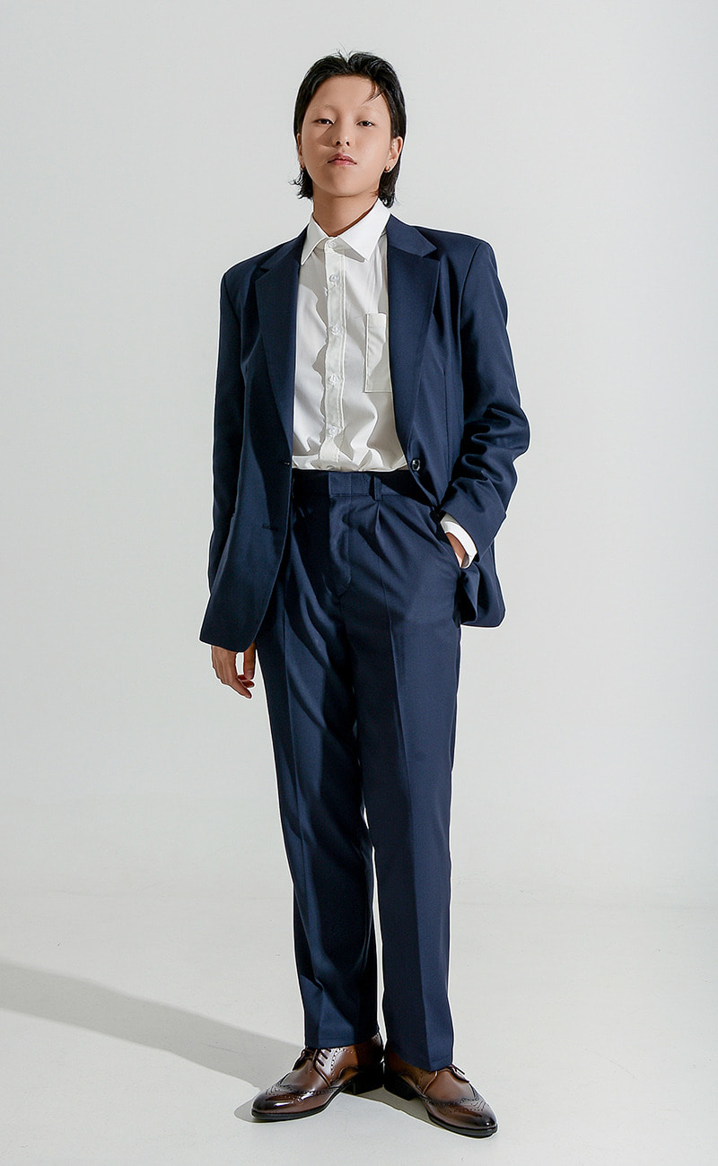 [예약발송] Tapered-Fit slacks / navy